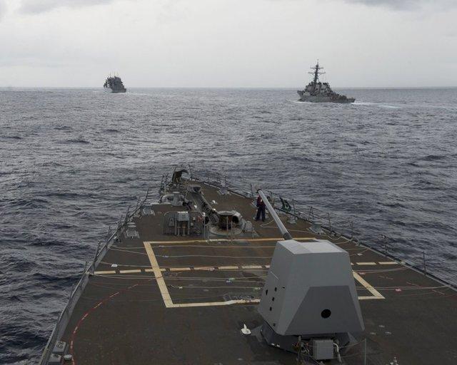 کشتی آمریکایی در دریای چین جنوبی