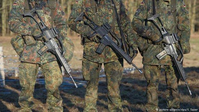 سربازان ارتش آلمان