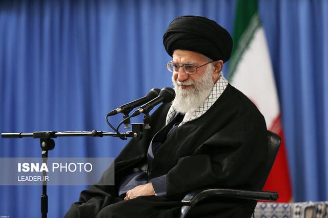 دیدار فرماندهان و کارکنان نیروی هوایی ارتش  با حضرت آیتالله خامنهای