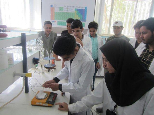 فناوری نانو و دانشآموزان