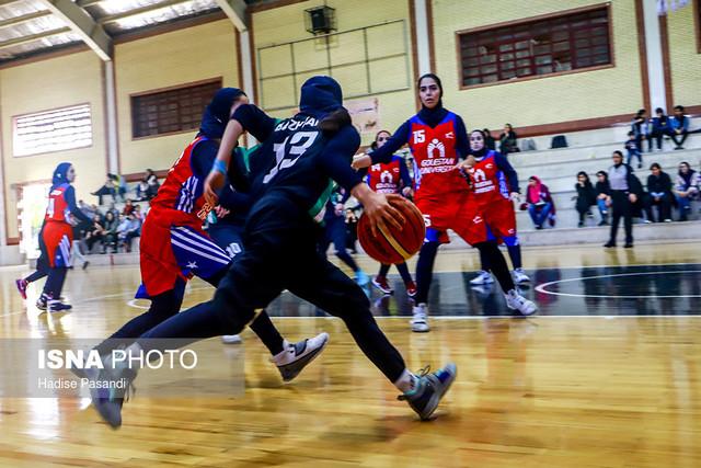 هفته دوم سوپر لیگ بسکتبال بانوان کشور - دیدار تیم های دانشگاه گلستان و باژوند بوشهر