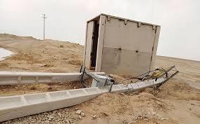 تخریب تیرهای برق خط انتقال ـآب یزد