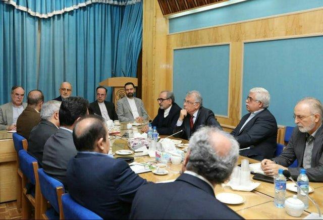 دیدار فعالان اقتصادی با سفیر ایران در ایروان