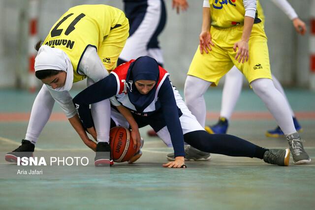 دیدار بسکتبال بانوان، تیمهای نامی نو و پاز تهران