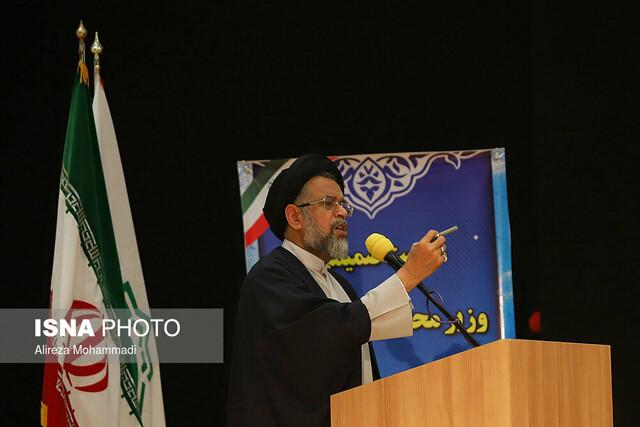 وزیر اطلاعات در جمع  عشایر عرب و بختیاری خوزستان