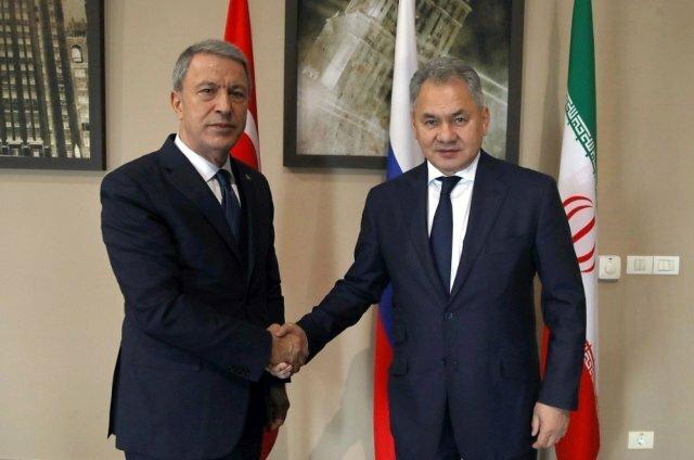 وزیران دفاع ترکیه و روسیه