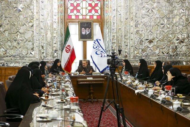 لاریجانی در فراکسیون زنان