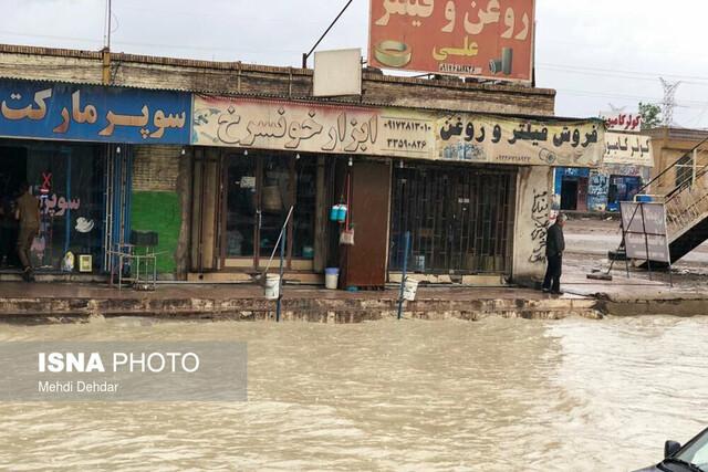 آبگرفتگی و سیلاب در جاده بندر شهید رجایی بندرعباس