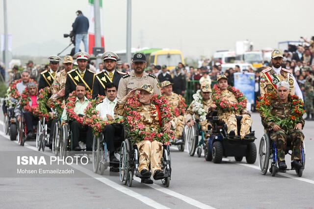 رژه نیروهای مسلح در روز ارتش - مشهد