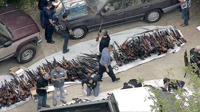 سلاح های کشف شده در لس آنجلس