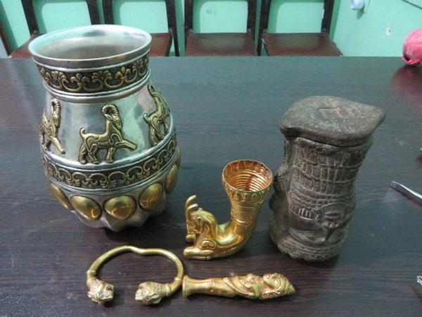 اشیای عتیقه 3000 ساله