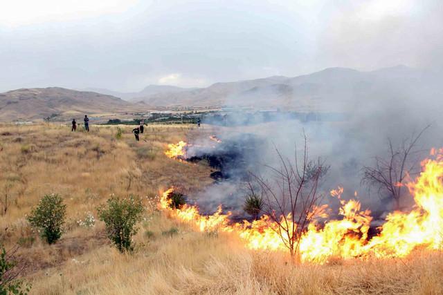 آتش سوزی مراتع در سنندج