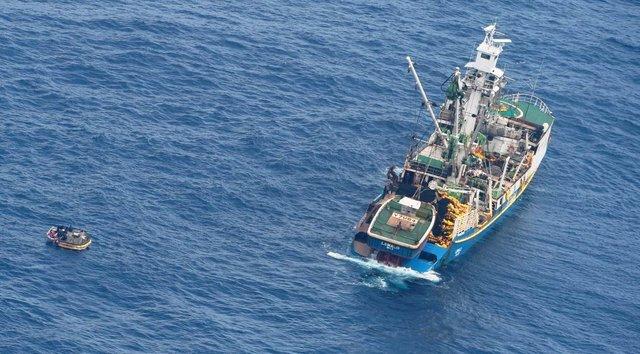 قایق کشتی اقیانوس پناهجو