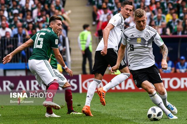 دیدار تیم های فوتبال آلمان و مکزیک