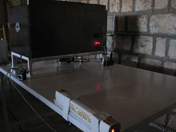 دستگاه آشکارساز لیزری