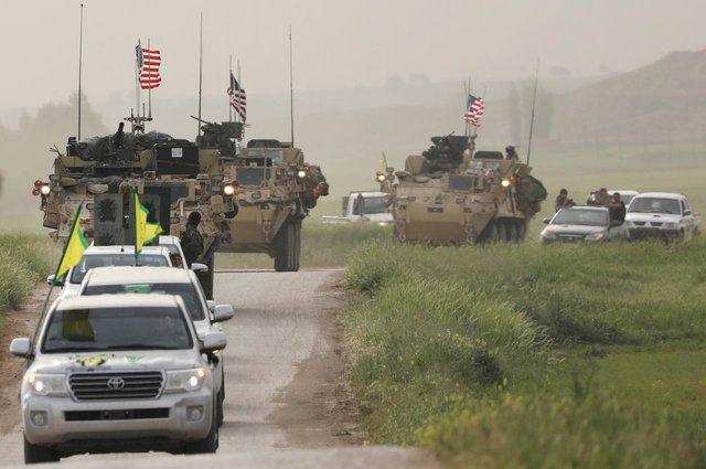 نیروهای آمریکایی و نیروهای یگانهای مدافع خلق در سوریه