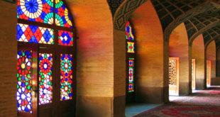 رنگ بیشتر بناهای تاریخی یز