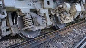برخورد با قطار