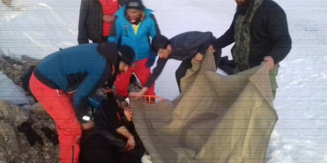 نجات کوهنوردان در ارتفاعات دنا