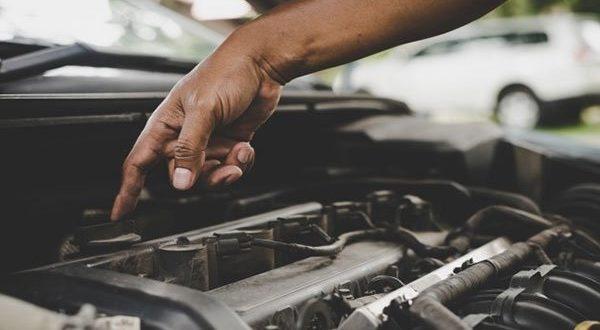 خدمات خودرو چارچرخ