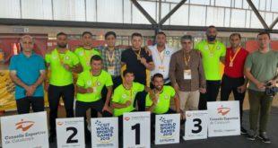 سرپرست تیم کشتی کارگران در بازیهای جهانی اسپانیا