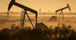 جهش قیمت نفت با امیدواری بازار به کاهش تولید