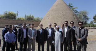 بازدید دکتر مونسان از یخچال تاریخی شهر نیمور در استان مرکزی