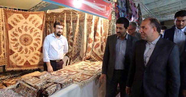 بازدید استاندار خراسان شمالی از نمایشگاه سراسری صنایعدستی