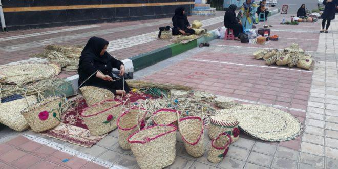 بازارچه محصولات کشاورزی در خشکبیجار