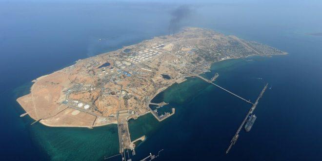 اثری از لکههای نفتی در اطراف جزیره خارک نیست