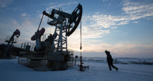 کاهش تولید نفت روسیه