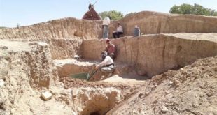 کشف شواهدی از یک دالان و طاق آجری در تپه نقارهچی نهاوند