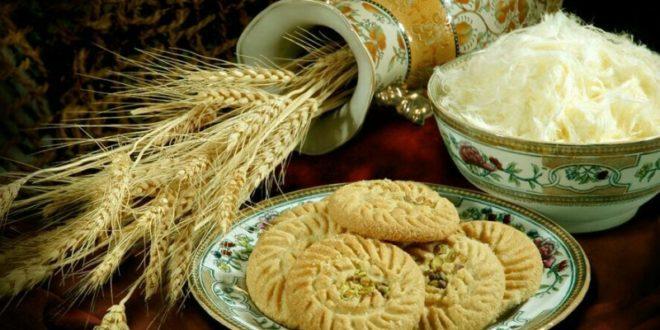 پخت کلوچه سنتی کاشان