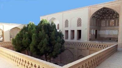 بنای تاریخی در نایین