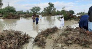سیستان و بلوچستان در انتظار بالگردهای امدادی و آذوقه